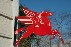 OLD-STYLE-MOBIL-OIL-PEGASUS-HORSE-DIE-CUT-MOTOR-OIL-AND-GAS-STATION-FLANGE-SIGN