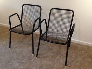 Details About Vintage Emu Black Rio Park Wire Mesh Stacking Patio Chairs Set Of 2