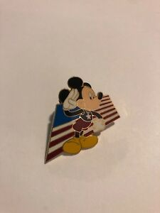 DLR-Mickey-039-s-All-American-Pin-Trading-Festival-Lanyard-Starter-Kit-Disney-Pin