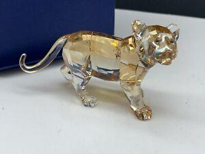 Swarovski-Figurine-1051686-Cristal-Scs-Tigre-Jeune-Animal-9-Cm-avec-amp