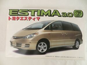 Fujimi Toyota New Estima 3.0 G 4WD 1/24 Model Kit