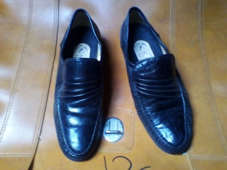 GIARDINI ALL LEATHER LOAFERS SIZE 8