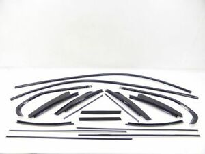 BMW-3er-E91-Touring-Kombi-Bj05-13-Zierleisten-Shadowline-Glanz-schwarz-komplett