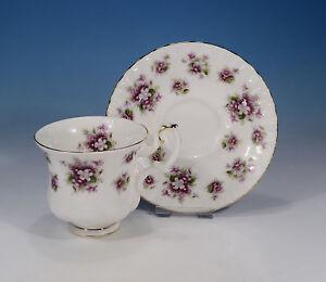 Royal-Albert-034-Sweet-Violets-034-kleinere-Tasse-amp-Untertasse