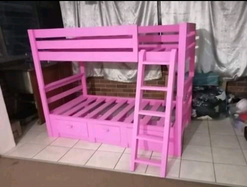Bunk beds   and  base Beds