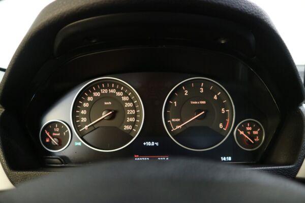 BMW 320d 2,0 Touring aut. billede 5