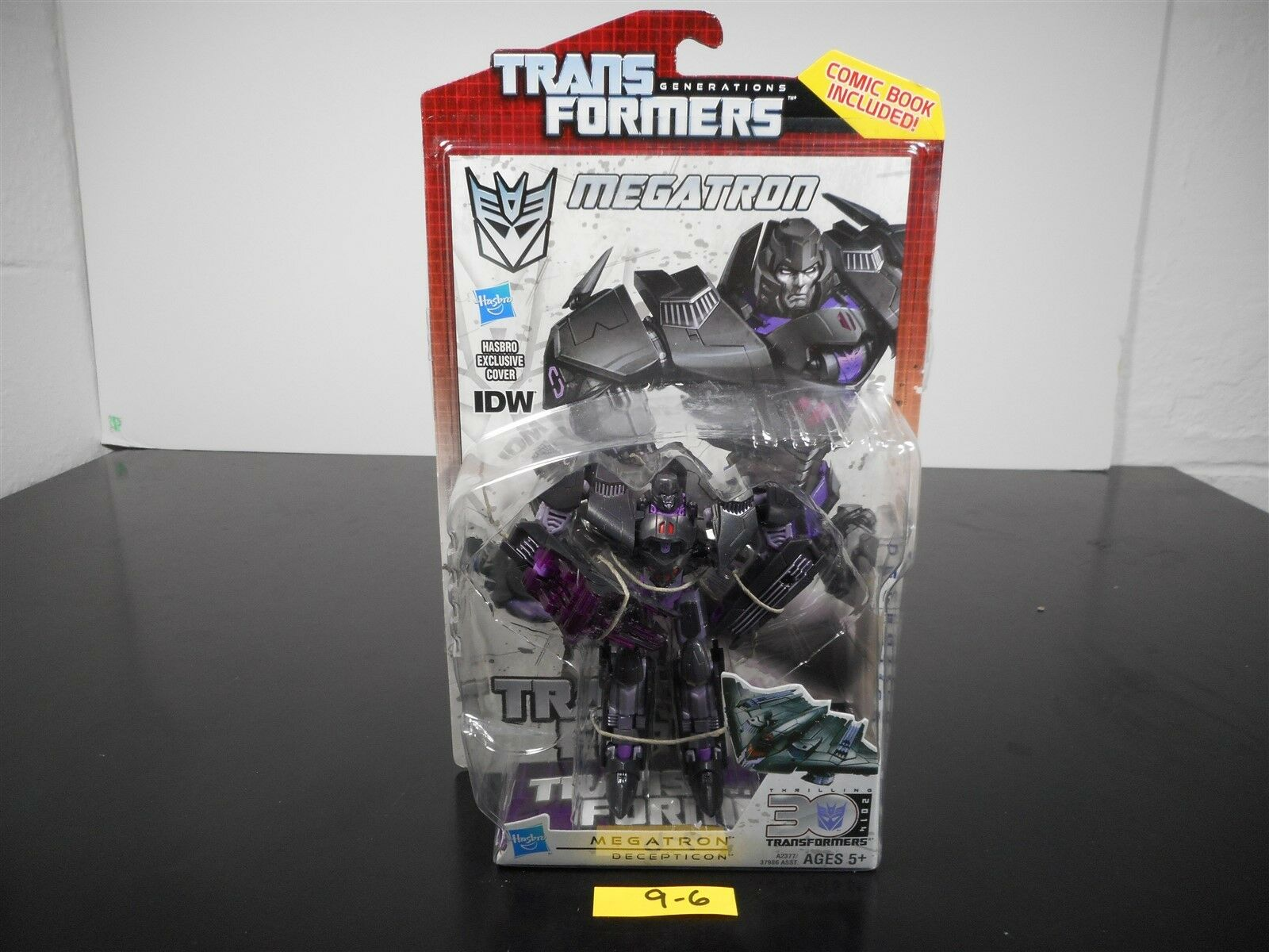 NEW & SEALED   TRANSFORMERS GENERATIONS IDW MEGATRON DELUXE FIGURE 30TH ANN 9-6