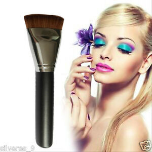 Cosmetica-plana-cara-del-contorno-del-cepillo-del-maquillaje-Brocha-de-madera