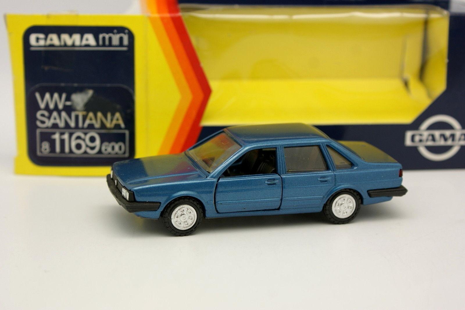 Gama 1 43 - VW Santana blue