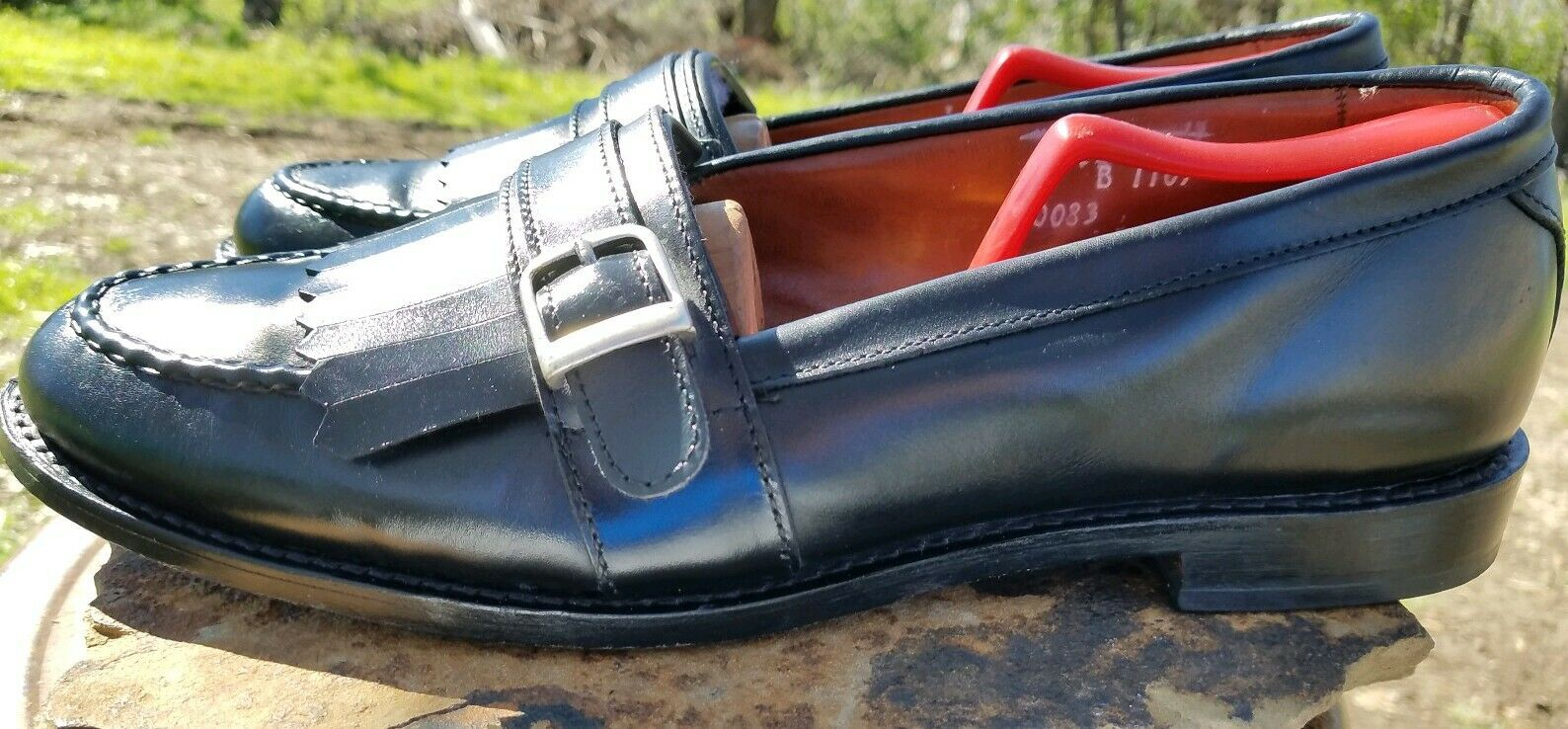 Allen Edmonds Cahill Black Leather Full Strap Buckle Kiltie Dress Loafers 11 B