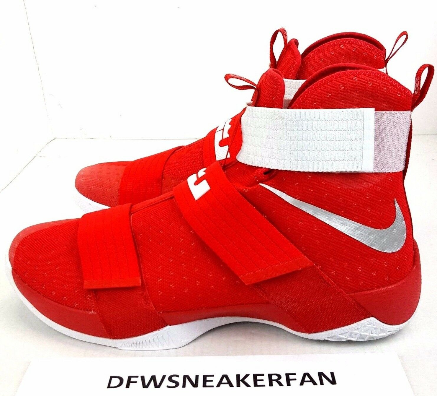 Wild casual shoes NIKE LEBRON SOLDIER 10 TB PROMO GYM RED WHITE SILVER 856489 663 SIZE 17 NN