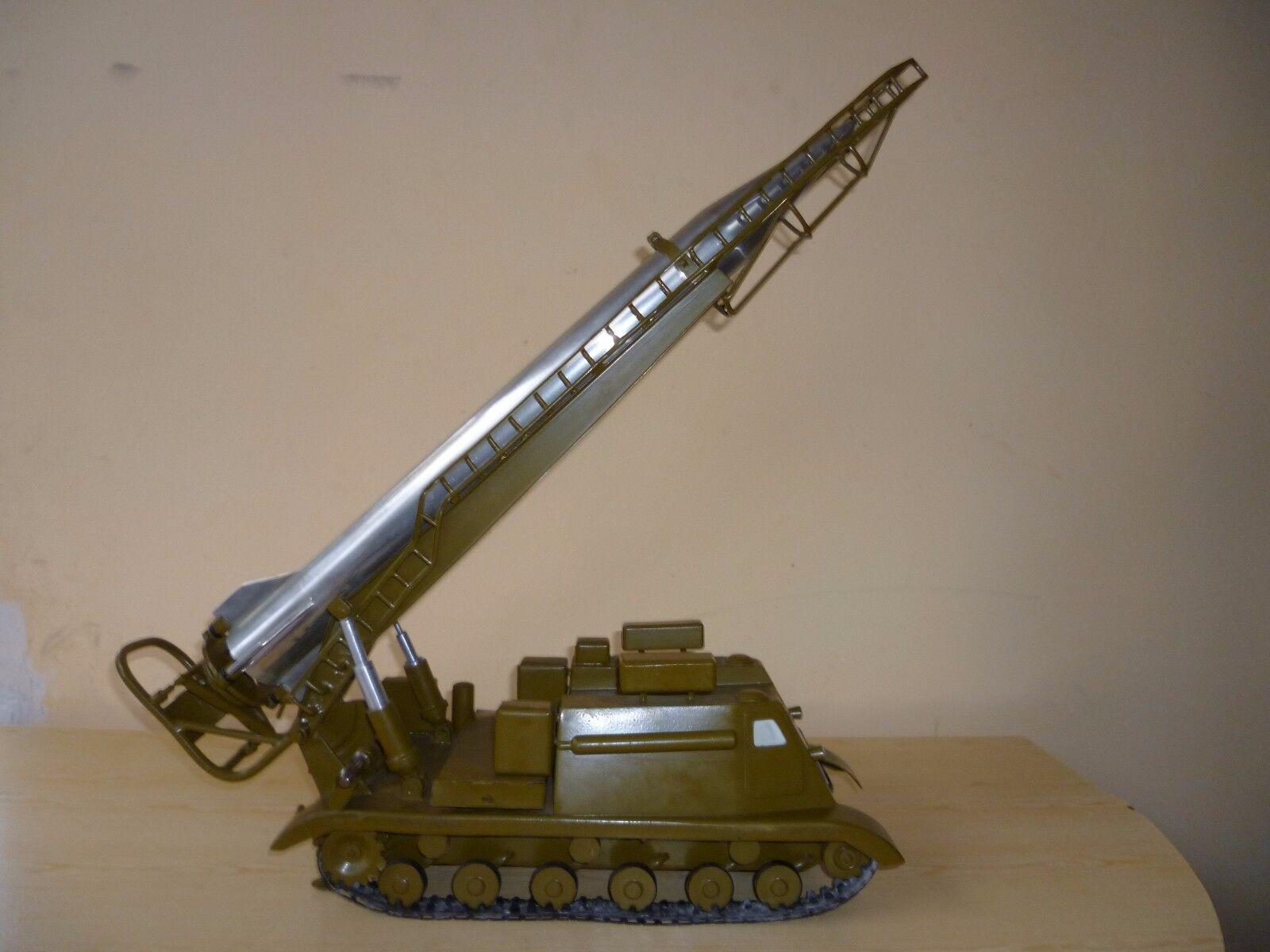 descuento de ventas Modelo Vintage Juguete URSS lanzacohetes Gran Tractor Art Deco misil misil misil Scud tormenta Escritorio  venta al por mayor barato