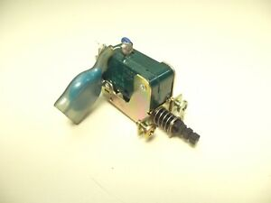 YAMAHA R-900 RECEIVER PARTS - switch - power