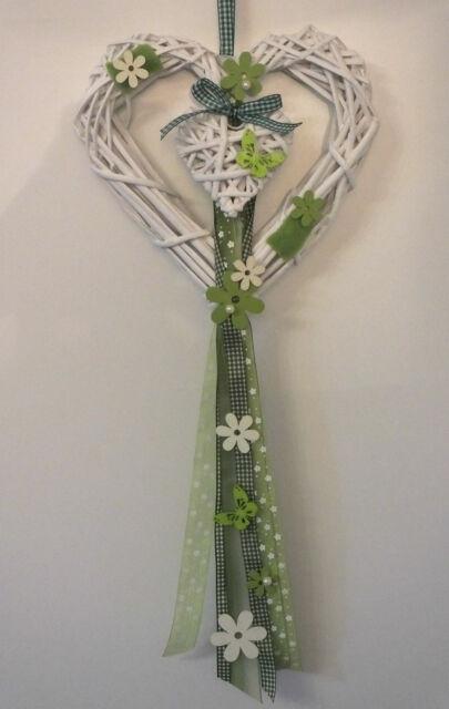 Türkranz, Türschmuck, Fensterdeko, Herz, Frühling, weiß-grün