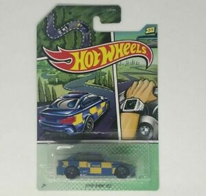 2016-BMW-M2-Hot-Wheels-2020-Police-3-5-Mattel-Nuevo