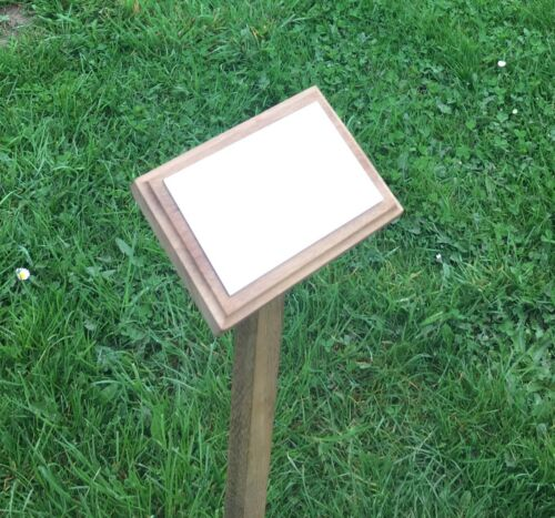 wooden memorial stake with free engraved plaque grave marker in memory of