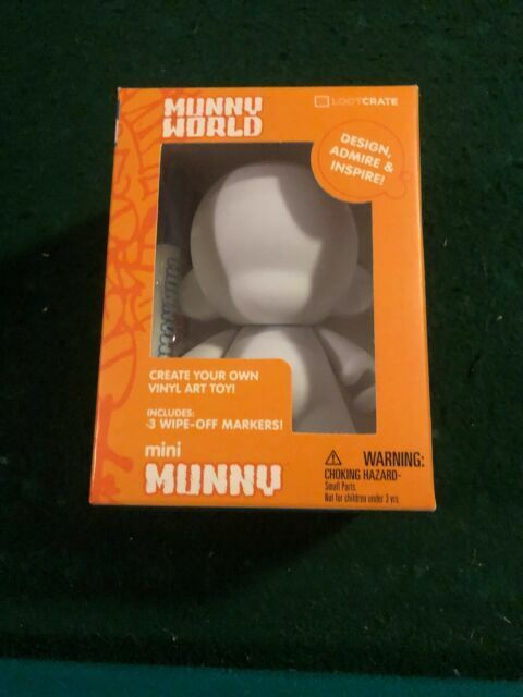 Kidrobot Munny World Loot Crate Mini Munny