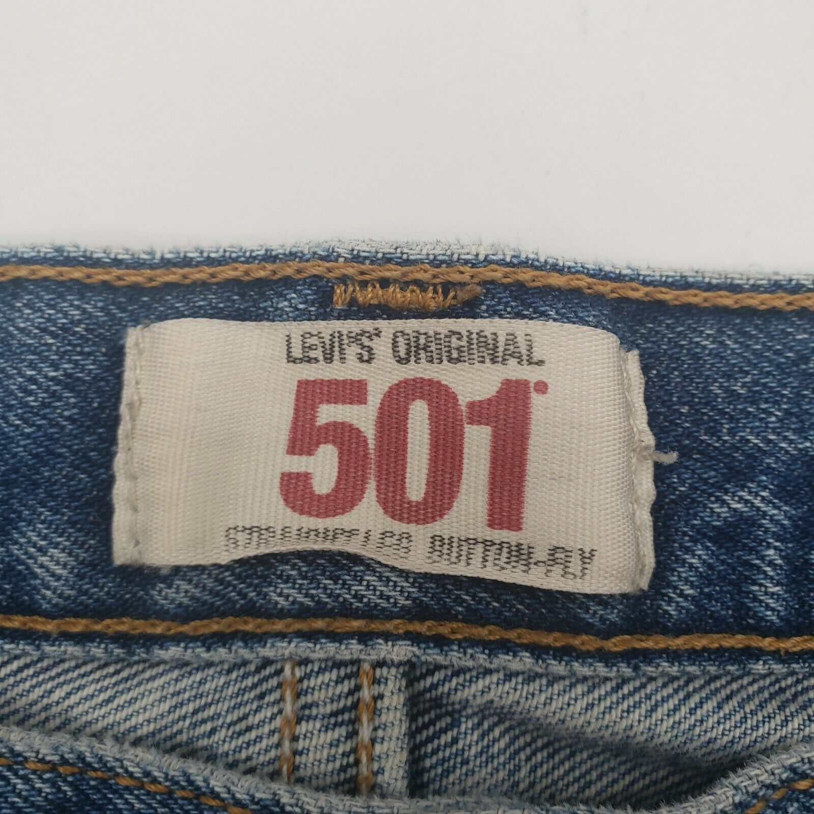Levis 501 Button-Fly Mens 35x30 Well Worn Faded D… - image 6
