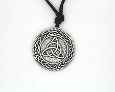 Celtic Knotwork Triquetra Trinity necklace Pendant Wiccan Charm Pagan Jewelry