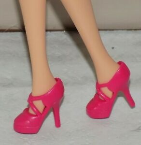 BARBIE DOLL WHITE O//T SANDALS HIGH HEEL SHOES FITS FASHIONISTA MY SCENE MODEL