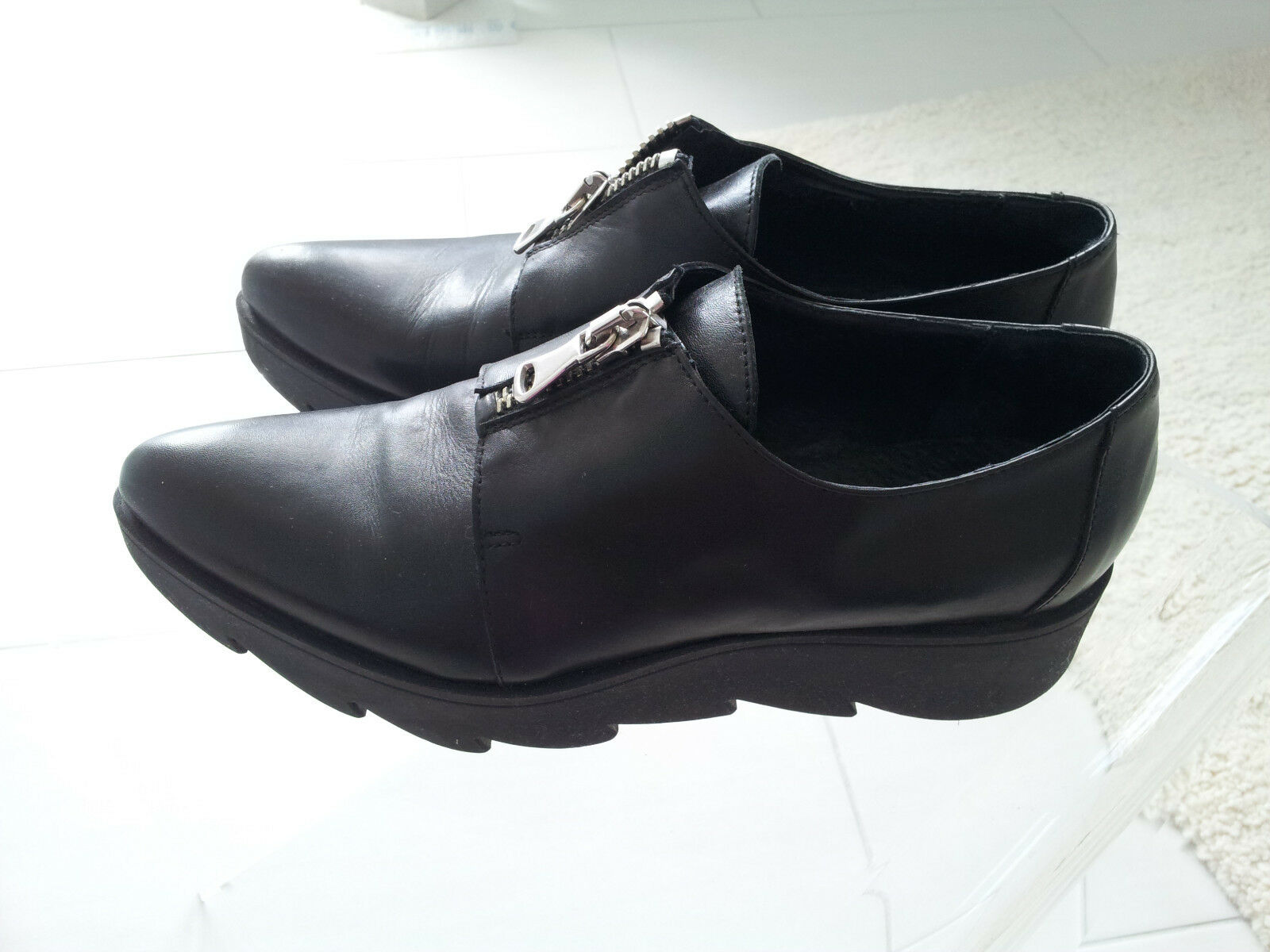 Schwarze spitze Schuhe Halbschuhe Phillip Hardy Reißverschluss Spitze top Gr. 40