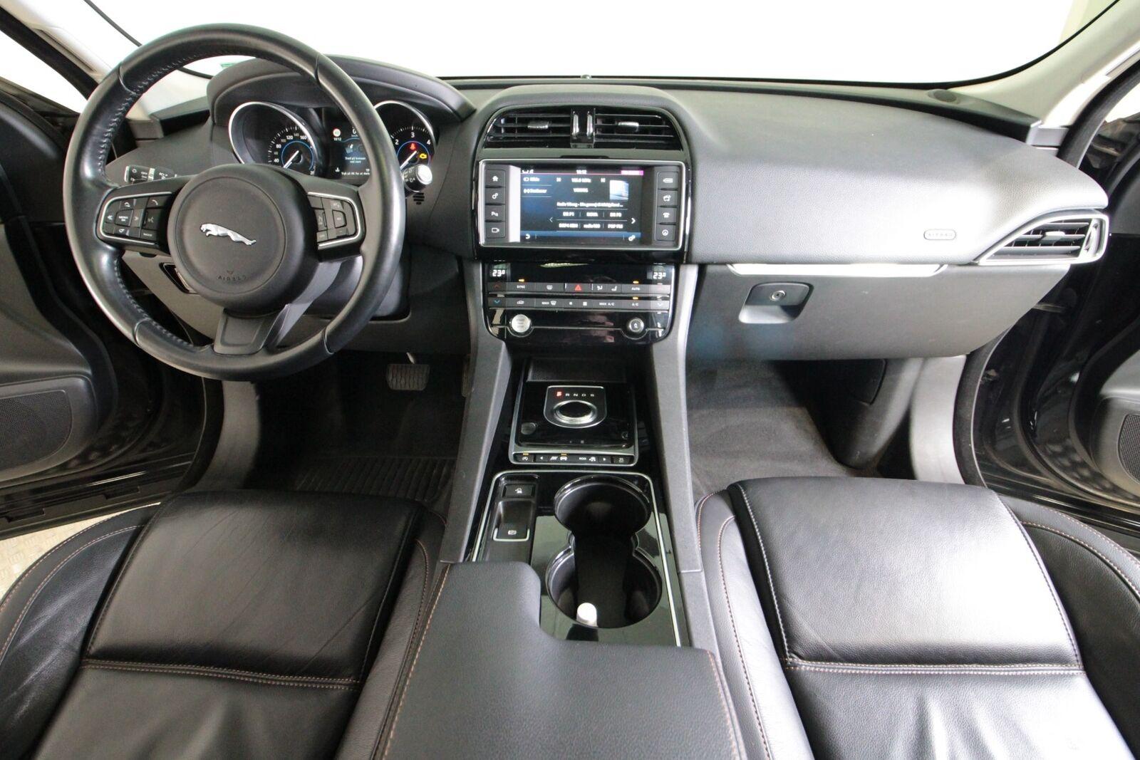 Jaguar F-Pace D300 Prestige aut. AWD
