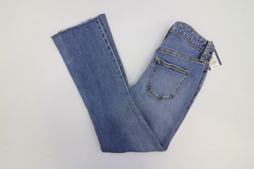 New Universal Thread Womens Blue High Rise Kick Boot Crop Frayed Jeans Size 16