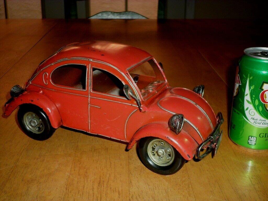 Década de 1960 Volkswagen EsCocheabajo Coche, estatua de juguete, construcción de metal, 11  longitud, Vintage