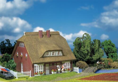 Faller 130250 h0 abitazione con tetto in paglia