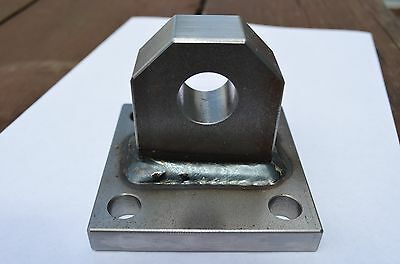 Single bolt on welded Shackle Mount bumper winch D-ring bolt plate clevis tow