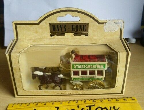 Days Gone ~ Collectible die cast model ~ Horse Draw Bus Stones Ginger Wine ~ Boxed