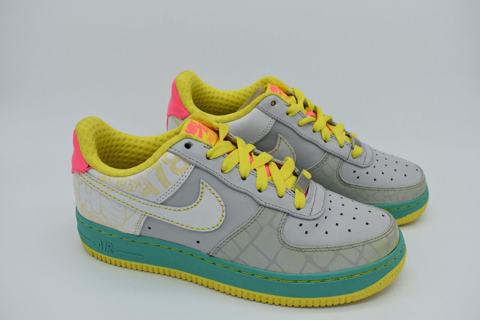 Nike Wmns Air Force 1 Premium Gauchos - Size 7 US