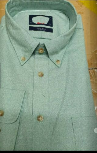 Charles Tyrwhitt ~ XLarge Non-Fer Coton Casual Fit Shirt