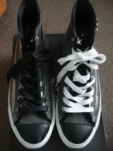 RARE Men's Studded CONVERSE ALL STAR size 10