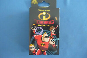 The-INCREDIBLES-2019-MYSTERY-BOX-with-2-Disney-Pins-Pin-NEW-in-box