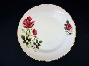Pink Rose Pattern Dia approx 16cm Royal Windsor China Side Plate