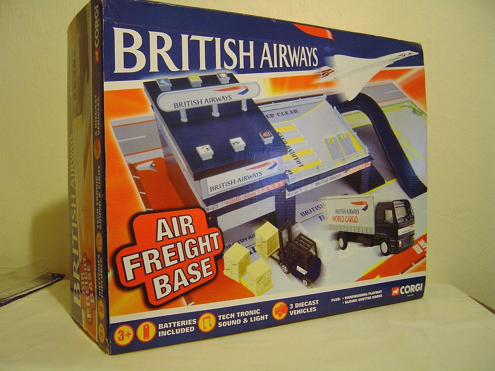 CORGI TY87705, BRITISH AIRWAYS, AIR FREIGHT BASE, PLAYSET
