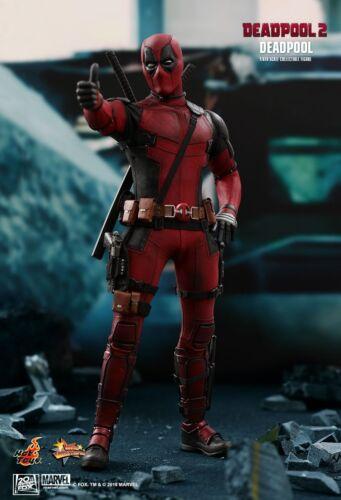 "Hot Toys 1//6 Deadpool 2 MMS490 Deadpool Wade Wilson Ryan Reynolds 12/"" Figure"