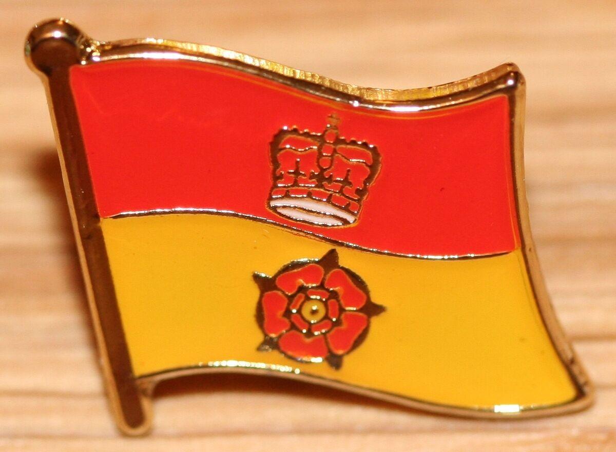 P Spain /& Wales Friendship Enamel Lapel Pin Badge