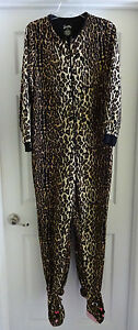 8a2304336c Nick   Nora M Medium Cheetah Cat Leopard Sleeper One Piece Pajamas ...