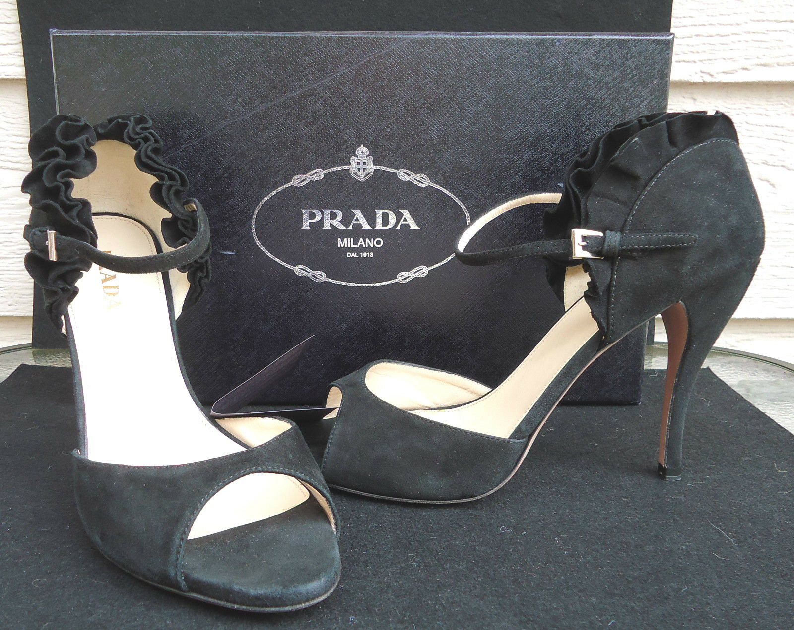 NEW  730 Prada Black Ruffled Heels 39.5 9 Suede Camoscio Open Toe Sandals
