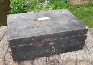 Miss Blades 1880 Travel Box for revival, Unique, please read description