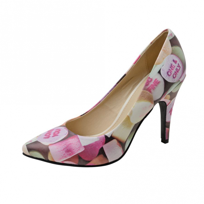 T.U.K Candy Hearts Print Pointed Diana Heel NEW   Size 7