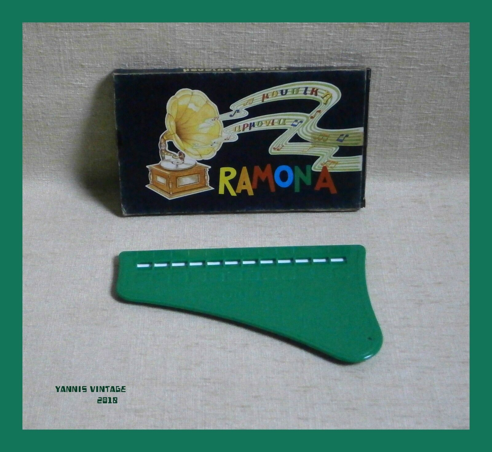 RAMONA   New Pianino PENNY TOY MADE IN GREECE GREEK Plastic Vintage Rare Green