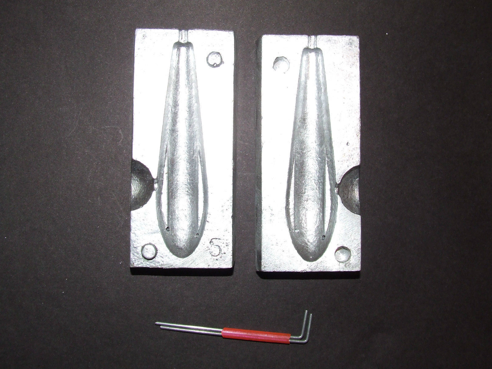 4 /& 5oz  brand new 3259 Bass Casting Swivel Pear Bell Do it Mould 3 cavity 3