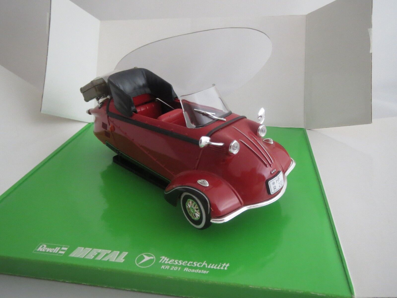 Revell 08966 Messerschmitt ap 201 roadster (rojo negro) 1 18 embalaje original (3)