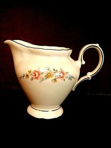 Winterling Mayerling Creamer Bavaria Germany Flower Sprays China Gold Trim-Nice!