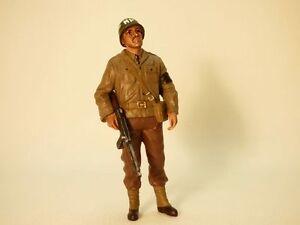 FIGURINE-SOLDAT-POLICE-MILITAIRE-USA-WW2-avec-fusil-1-18-Soldier-III