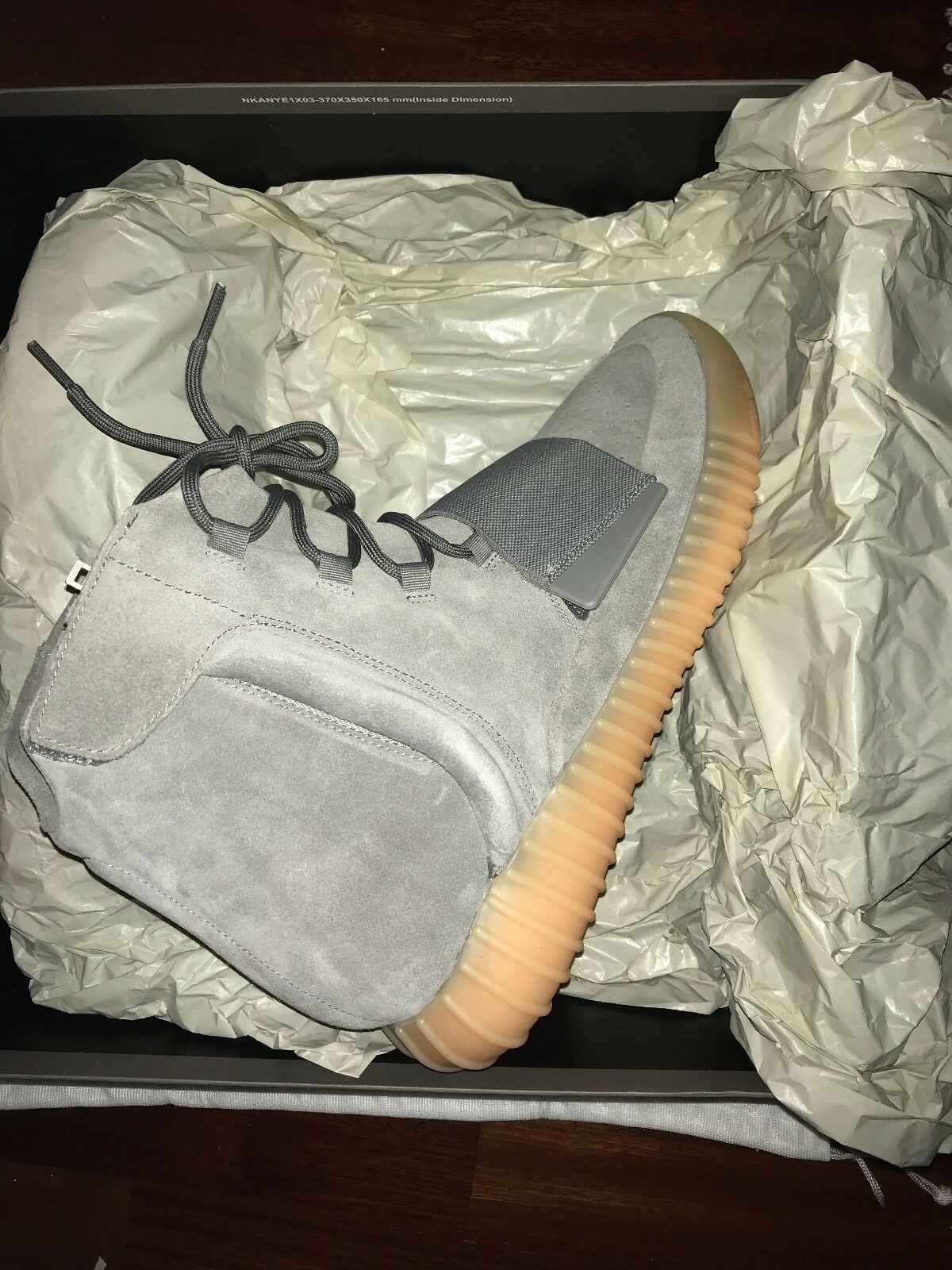 DS 100% authentique Adidas Yeezy Boost 750 Gris Gum Glow Taille 13.5