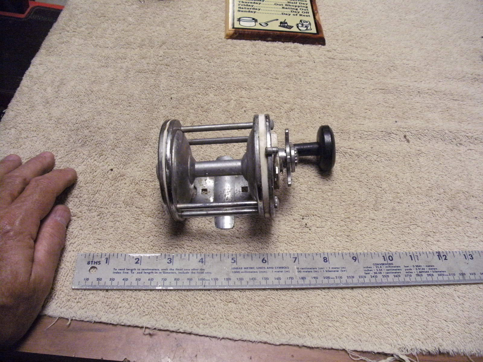 Vintage White Plastic and Metal Fishing Reel Made In France  SOLD FOR PARTS  clearance